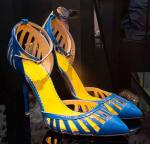 Zapatos T-STRAPS de Mambrini col. 2016