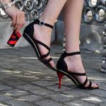 Diseñan zapatos con tacones intercambiables